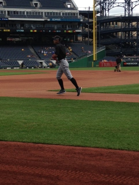 ichiro running off field
